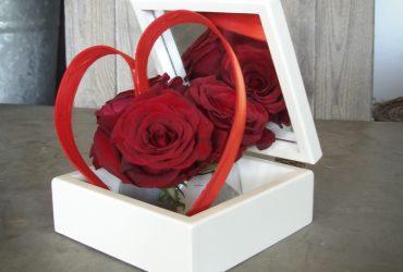 Composition florale des amoureux - roses rouges boite - La Réunion 974
